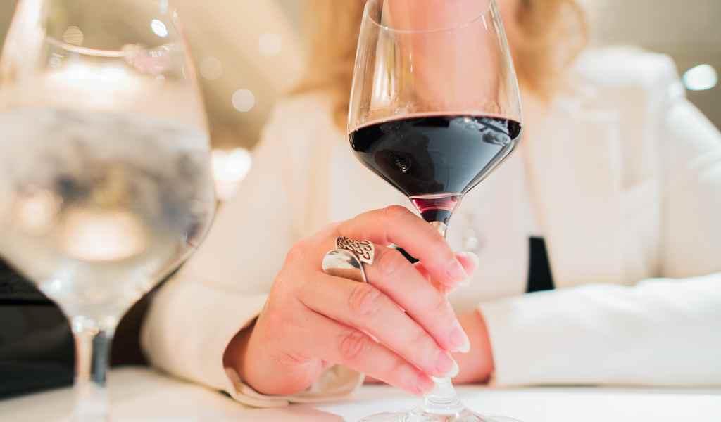 Лечение женского алкоголизма в Абрамовке анонимно
